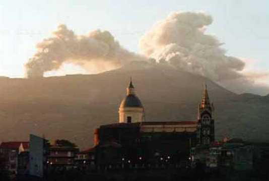 Under the Volcano - Homeopathic Remedies from Inside the Earth 10